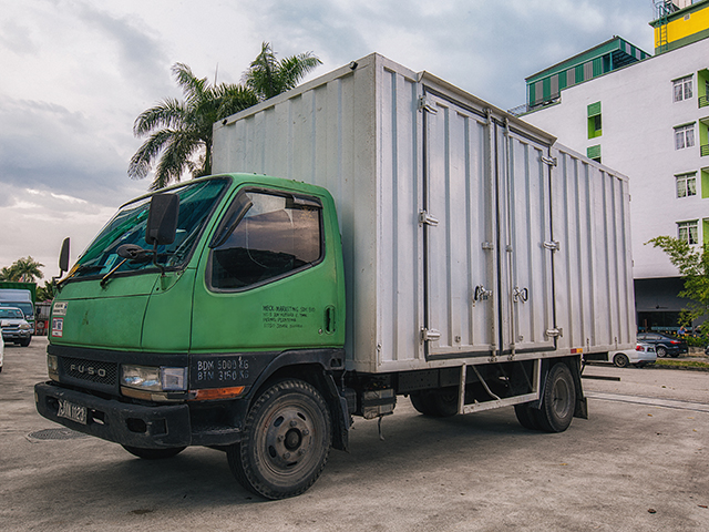 yoong mei5TonBonded Lorry